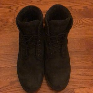 Preowned Black Timberland waterproof boots size 10